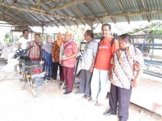 Fasilitasi Program Share Learning antar Kelompok Pelaku Integrasi Sawit Sapi